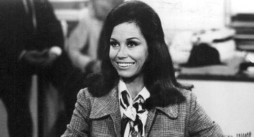 Hollywood Icon Mary Tyler Moore Dead at 80