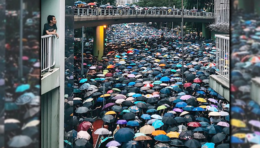 Hong Kong Demonstration Draws Crowd Of More Than 1 7 Million